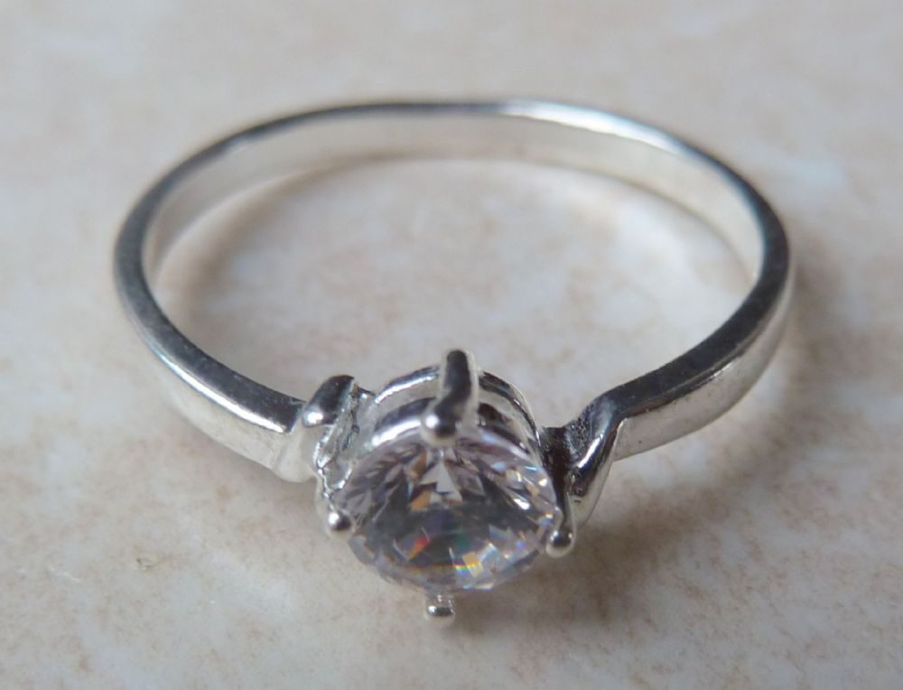 Sterling Silver Ring With Large Centrally Set Zirconia Stone
